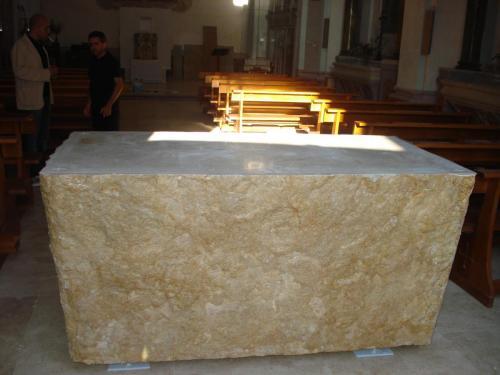 Altare Chiesa in Trani
