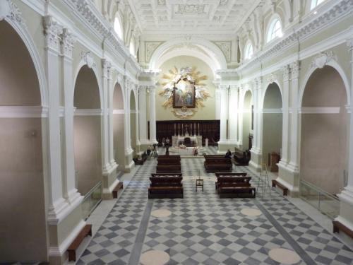 Duomo Antico di San Severino MarcheMateriali: marmo carrara, bardiglio